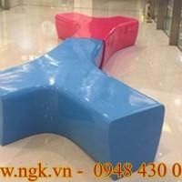 Bàn ghế composite có thiết kế độc đáo
