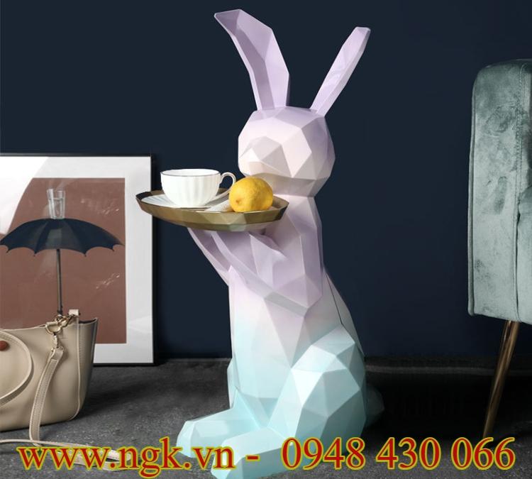 bàn nhựa composite decor hình chú thỏ